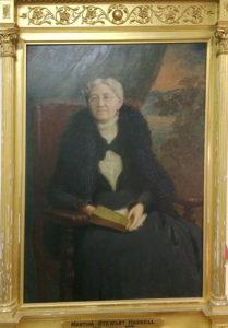C'est Martha Stewart Haskell qui a eu l'idée de construire une bibliothèque et un opéra.
