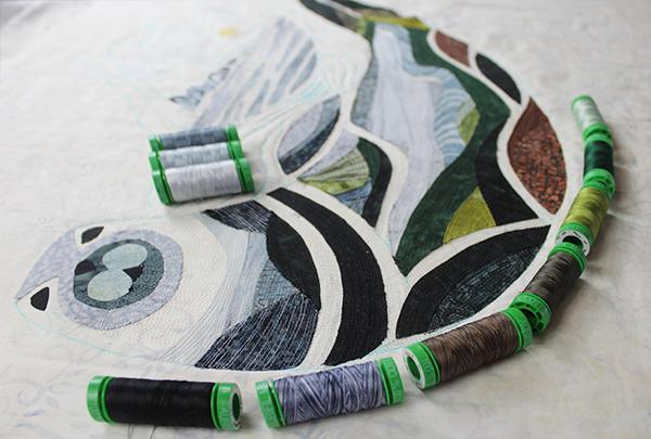 Le projet du mois d'avril d'artisane Aurifil mettant en vedette mon type de fil préféré: 40wt